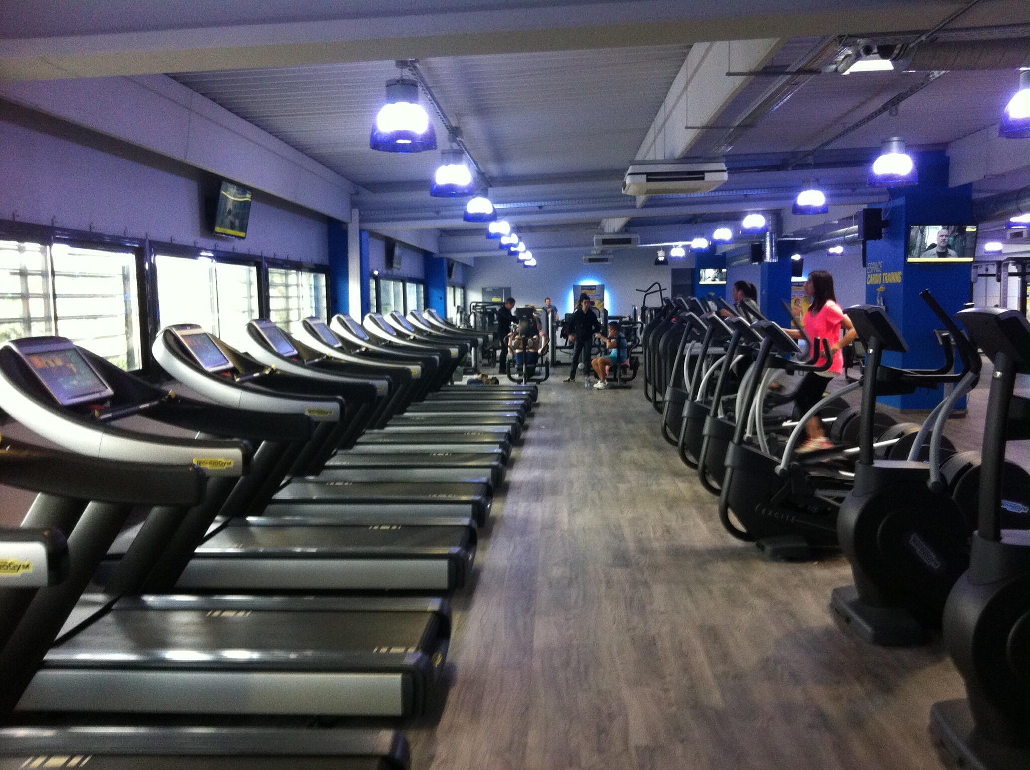 Salle De Sport Aubagne : inauguration de votre salle de sport fitnesspark aubagne ~ Dailycaller-alerts.com Idées de Décoration